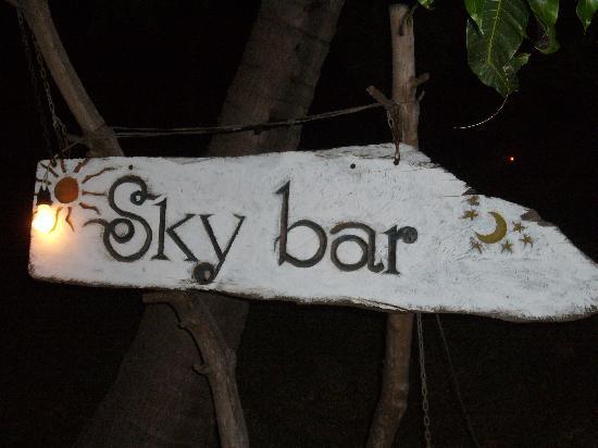 Skybar: Wegschild