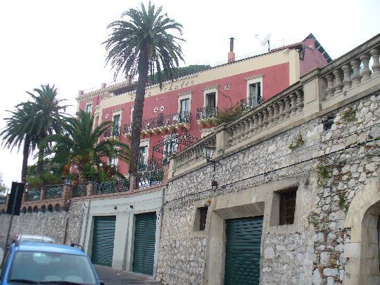 Garten picture of hotel villa schuler taormina for Hotel villa taormina