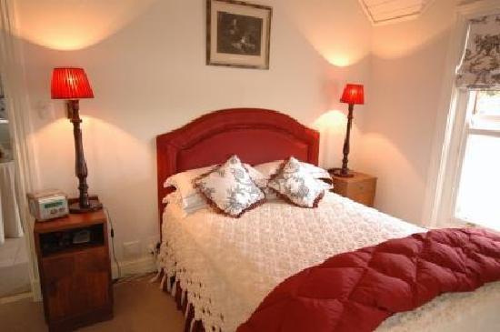 St. Aidans Guest Cottage: Heart Room