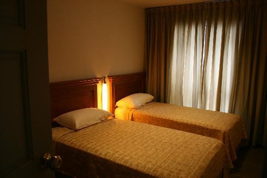 Nana's Inn: Twin Sharing Bed very comfort