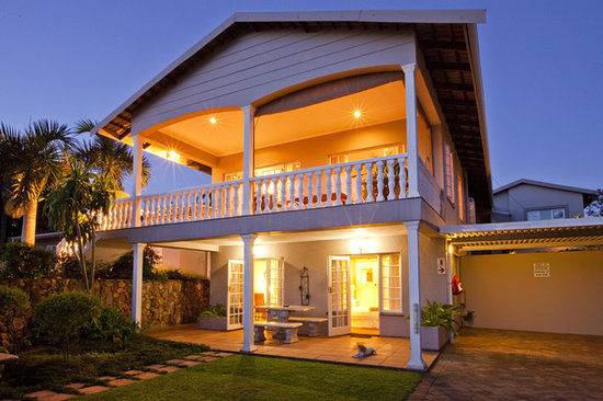 La Lucia Bed & Breakfast : House front