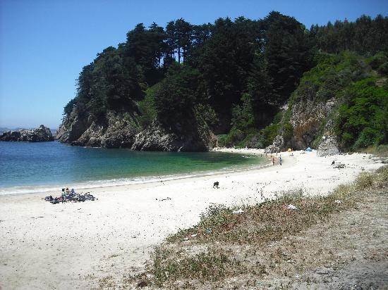Hualpen : Die weiss sandige Bucht von Ramuntcho nahe Concepción