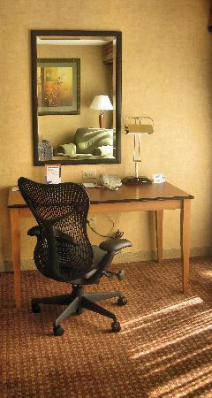 Hilton Garden Inn Chicago/Tinley Park : Ergonomic and efficient: our workstations feature the Mirra(r) chair by Herman Miller and compli