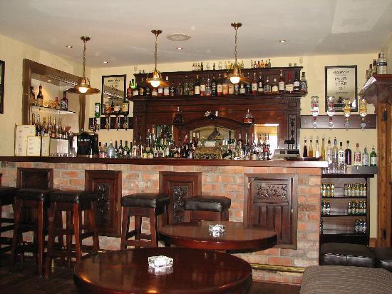 Castle Murray House Hotel & Restaurant: Cosy little bar