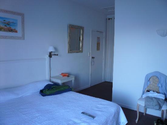 """Hotel Les Mouettes : Chambre 14 dites"""" supérieure"""""""