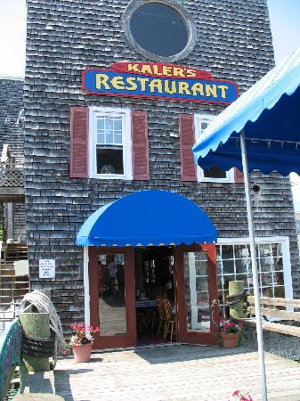 Boothbay Harbor, ME: Kalers front entrance