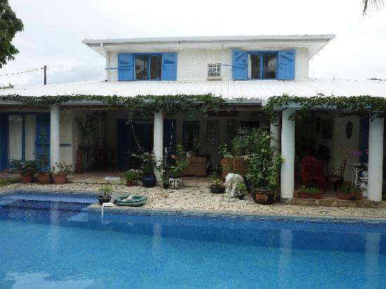 Kia Ora : varangue et piscine