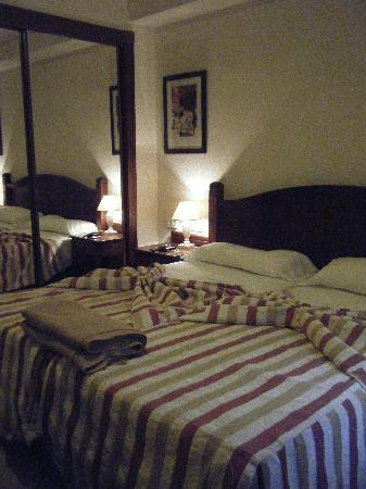 Marylanza Suites & Spa: Bedroom