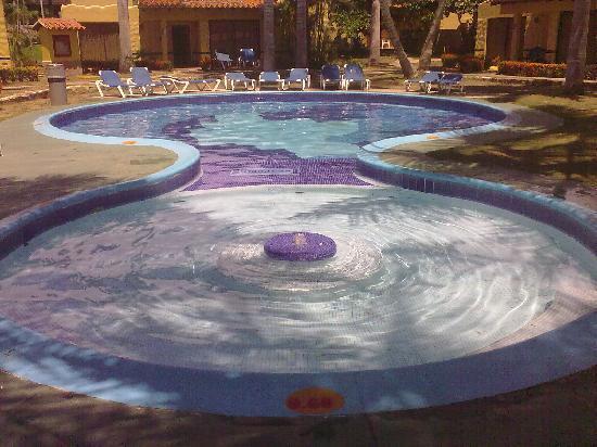 Hesperia Playa El Agua: Piscinas Secundarias