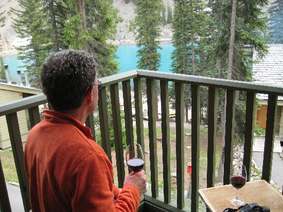 Moraine Lake Lodge: from patio Cabin 7