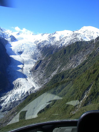 Ribbonwood Retreat Bed and Breakfast : FJ glacier from helicopter