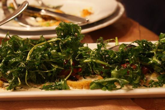 Bacchus Il Pesce E Il Vino : Tonno con fichi e rughetta fritta