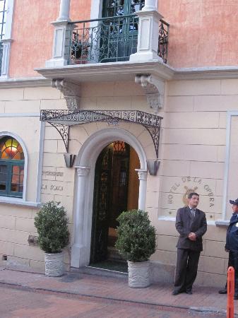 Hotel de la Opera : Entrance to Hotel