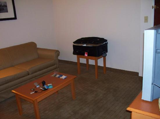 Living Room Photo De Baymont Inn Suites Savannah Garden City Garden City Tripadvisor