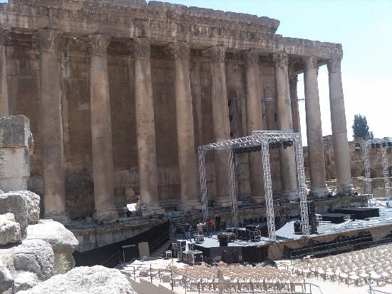 Temples of Baalbek: Deep Purple were about to play a gig there !