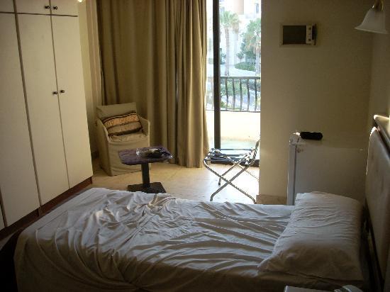 Rokna: stanza da letto tripla