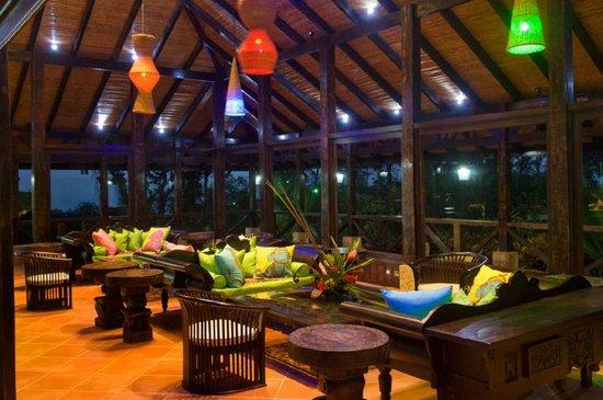 هوتل ريو سيليست هايد واي: Hotel Rio Celeste Hideaway