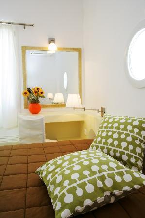 Ormos Agiou Ioannou, Grécia: bedroom