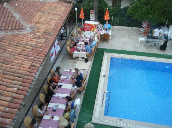 Oren Apart Hotel: BBQ