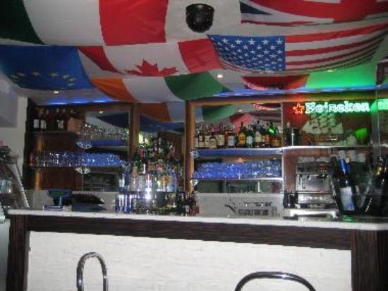 Raging Pub
