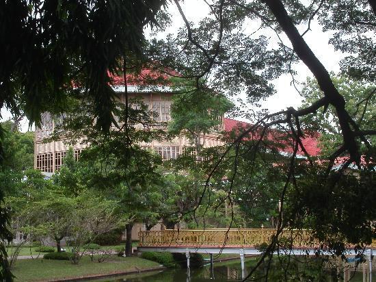 พระที่นั่งวิมานเมฆ: Vimanmek Mansion
