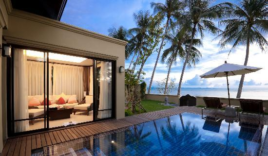 Movenpick Resort Laem Yai Beach Samui: Beachfront Pool Villa