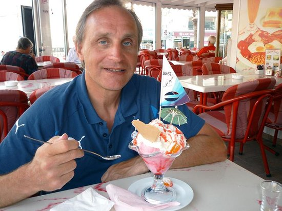 Tea for Two: My ice cream sundae