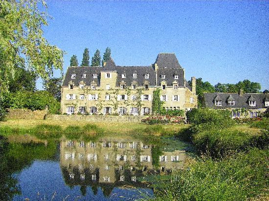 De la photo de manoir du stang la foret fouesnant - Jardin du manoir d eyrignac ...