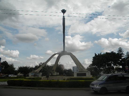 Arusha, Tanzania: Die zentrale Kreuzung der Stadt