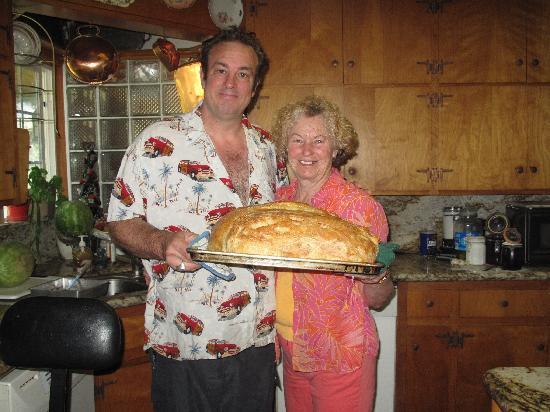 Pine Rose Inn: Anita's freshly baked bread 6/12/10