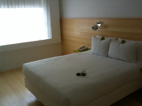 Greenview Hotel: Our Room - just renovated!