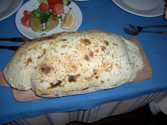 Butterfly Restaurant: Best Bread going.......