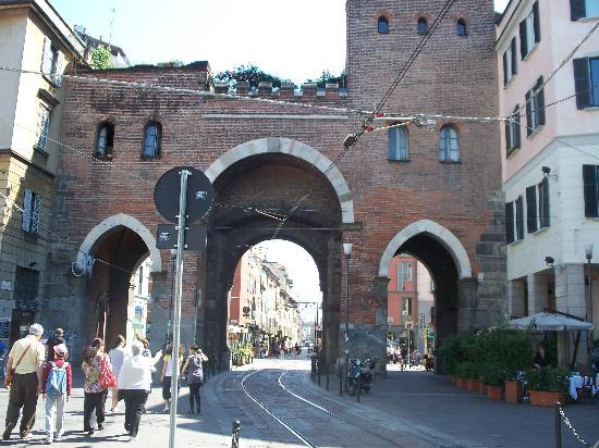 Archi di Porta Nuova: Porta Ticinese lato interno