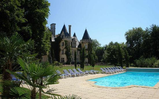 Château Golf des Sept Tours : La Piscine