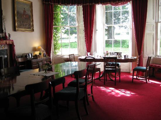 Budle Hall: Dinning room for breakfast