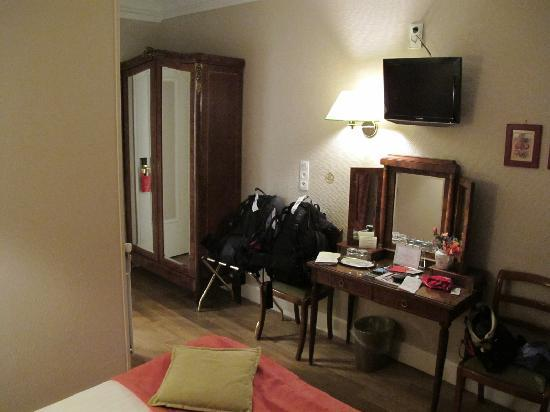 New Orient Hotel: Room 13