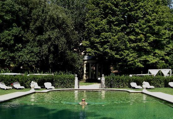 Four Seasons Hotel Firenze: Pool