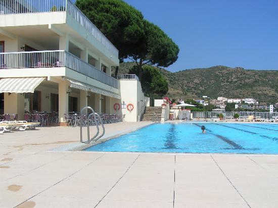 Almadraba Park Hotel : La piscine