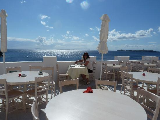 Hermoupolis, Hellas: rooftop terrace