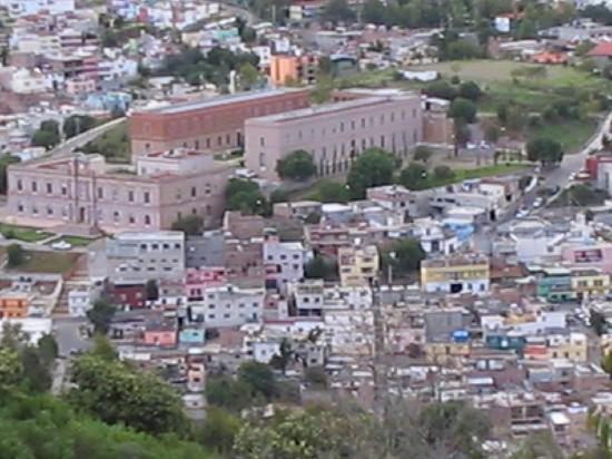 Zacatecas, Mexico: Vista desde el teleférico de parte de la ciudad