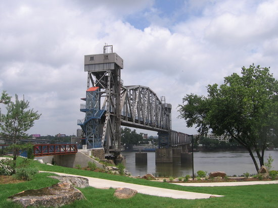 Riverfront Park: Junction Bridge, a footbridge linking LR with North LR and USS Razorback.