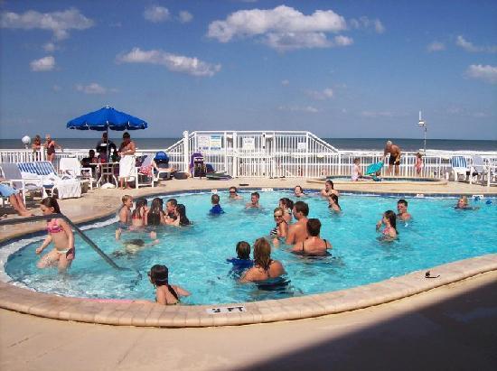Sea Club IV: Pool looking east towards Atlantic Ocean