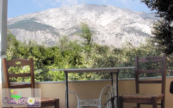 Villa Flora apartments: mountain  sea view