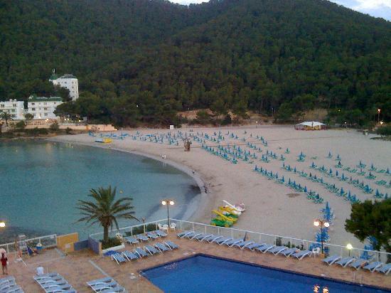 Sirenis Cala Llonga Resort: vista dal balcone della hall