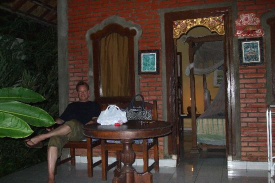 Ina Inn Bungalows: Our 'basic' cottage