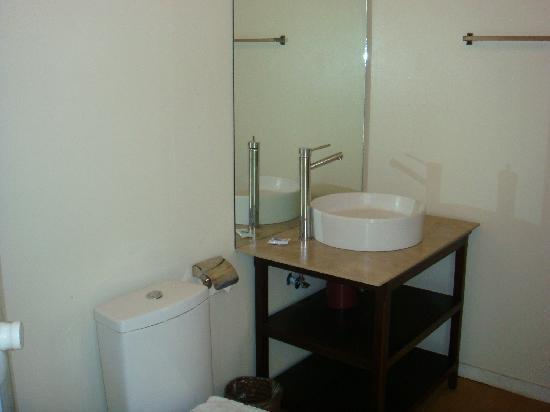CWC (Camsur Watersports Complex): bathroom of the trailer