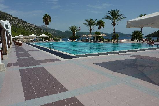 Hapimag Resort Sea Garden: Der Village-Pool im Resort