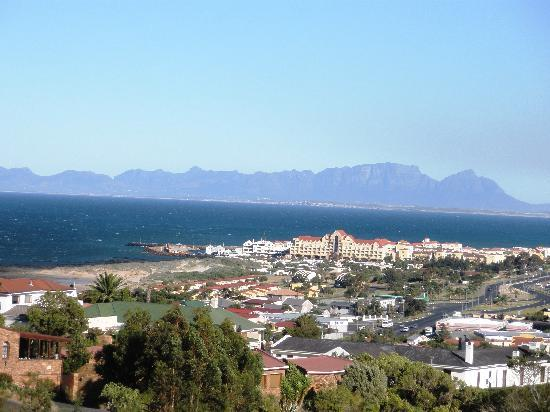 Gordons Bay Guesthouse: The Breakfast view
