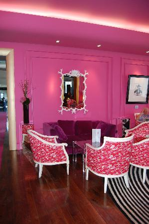 The Ladies\' lounge - Picture of the g Hotel & Spa Galway, Galway ...