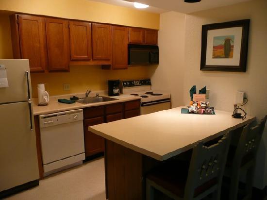 Residence Inn Santa Fe: Kuechenzeile